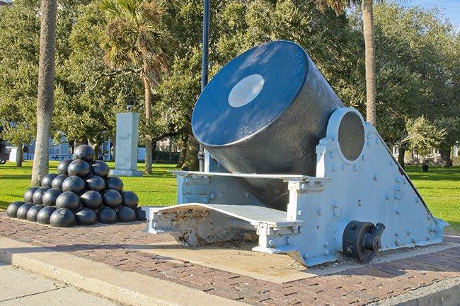 White Point Garden Cannon