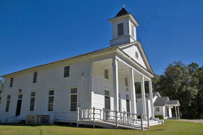 Edisto Island Baptist Sanctuary