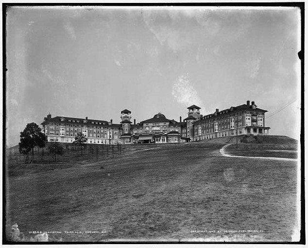 Hampton Terrace Hotel Historic