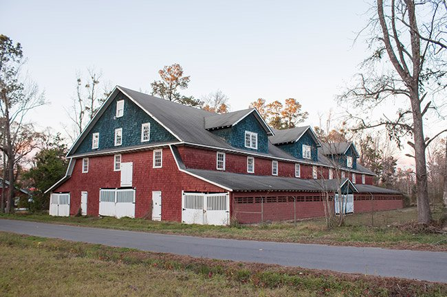 Holliday Farms Big Red Barn