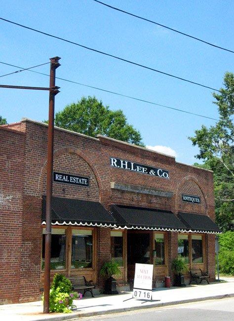 R. H. Lee in Ridgeway, SC