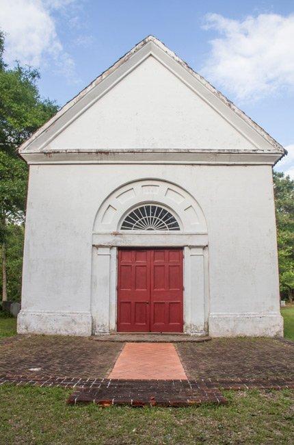 Saint Thomas Saint Denis Church