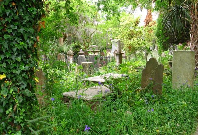 Unitarian Churchyard