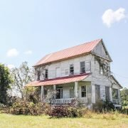 Abandoned Warren Farmhouse