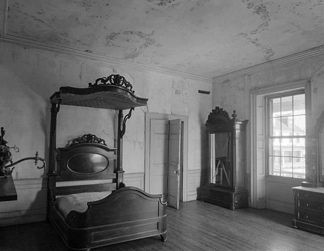 Aiken-Rhett House Bedroom