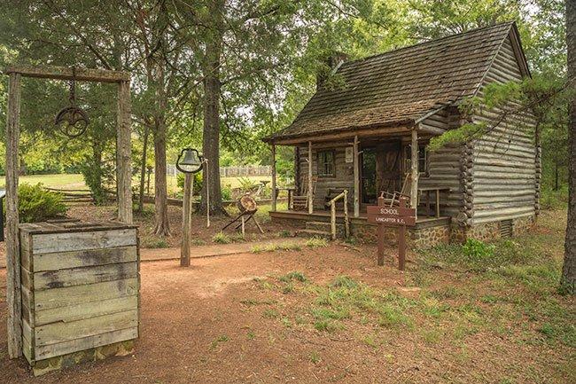 Andrew Jackson State Park Schoolhouse