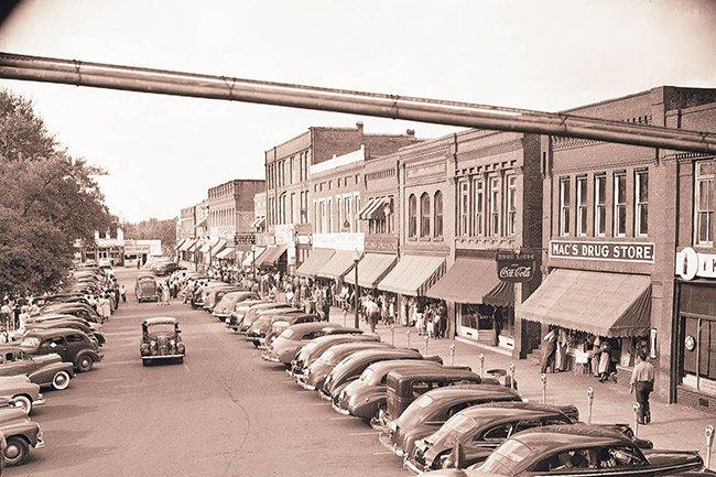 Main Street 1951