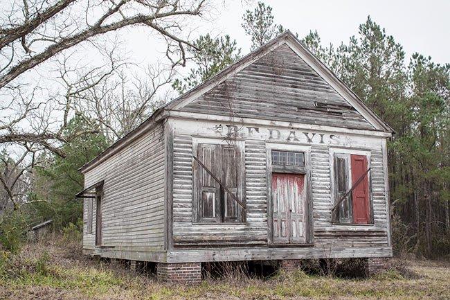 BF Davis Ella' Grove Plantation Store