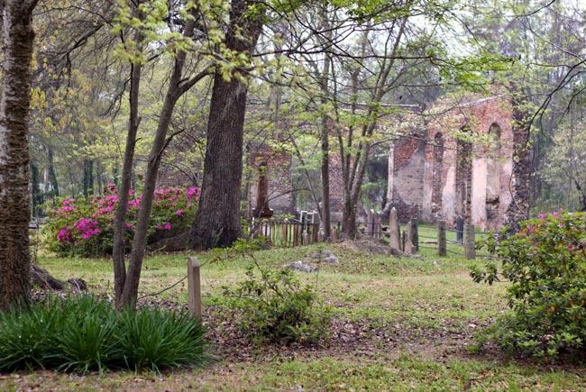 Biggin Churchyard