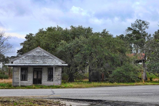 Bonnie's Barn and House