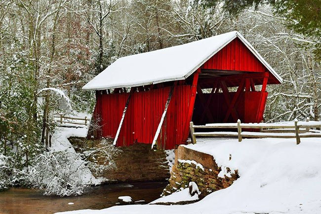 Campbell's Covered Bridge in Snw