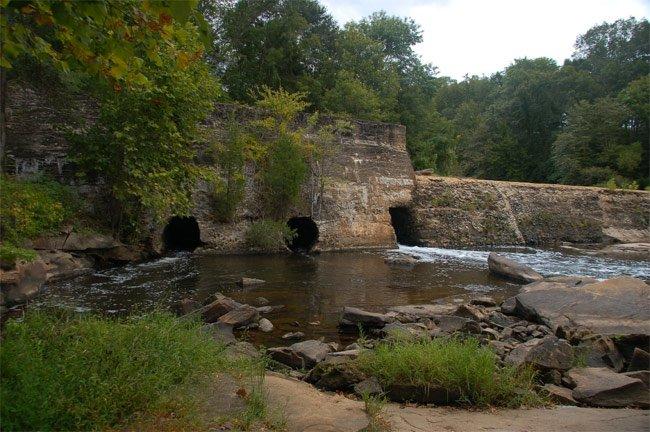 Cedar Falls Park Dam