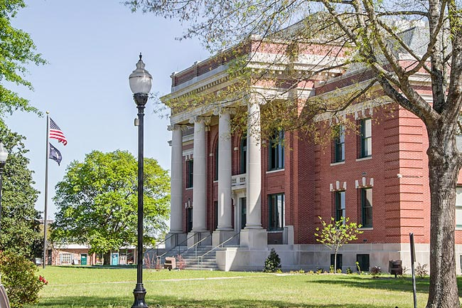 Clarendon County Courthouse