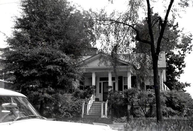 Columbia Cottage