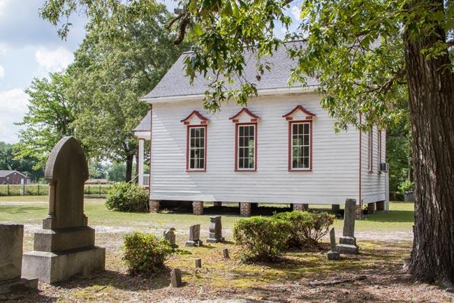 Cummings Chapel Graves