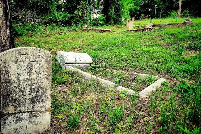 Douglass Cemetery Columbia
