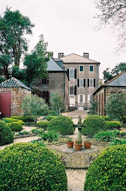Heyward Washington House Garden
