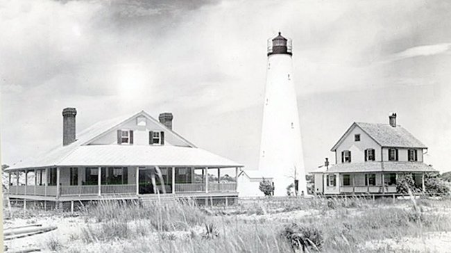 Historic North Island Light