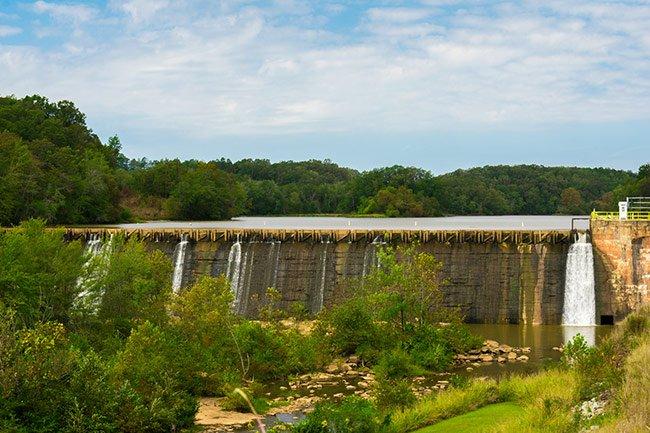 Holiday Dam