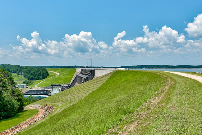 Lake Hartwell Dam
