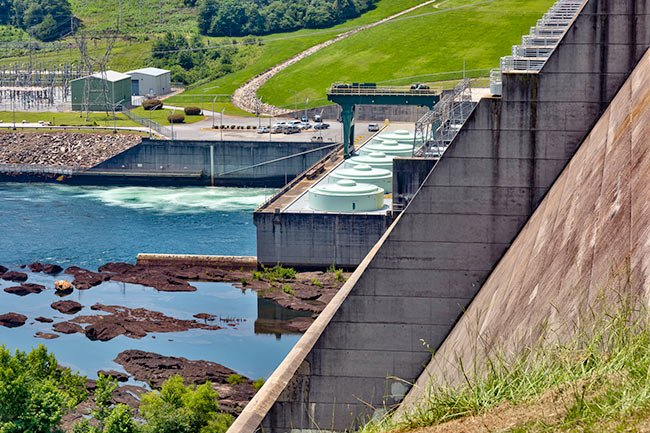 Lake Hartwell Dam