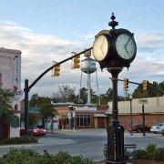 Loris Town Clock
