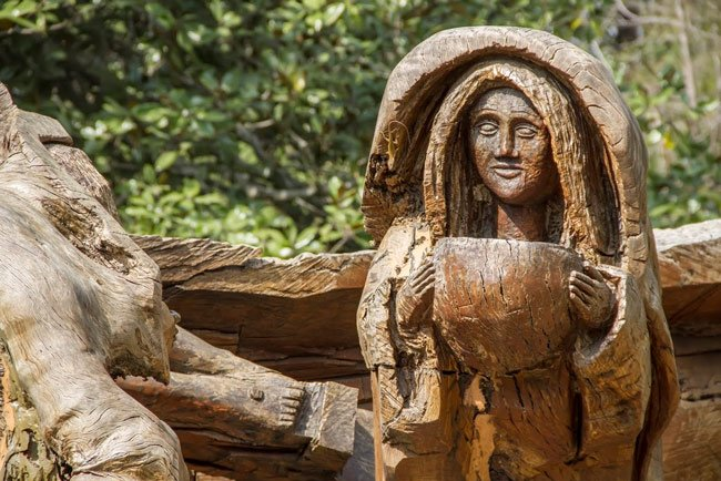 Mepkin Wood Carving