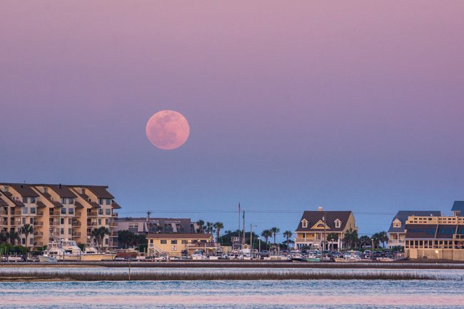 Moonrise at Murrells Inlet