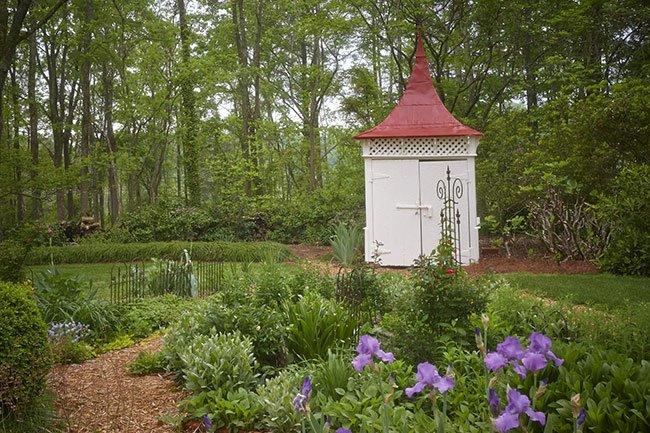 Nicholls-Crook House Garden Folly