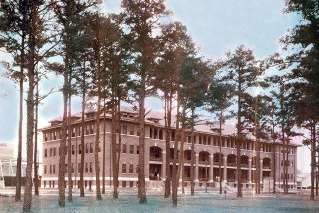 North Charleston Marine Barracks