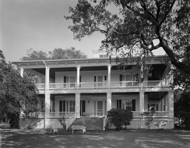 Oaks Beaufort Historic