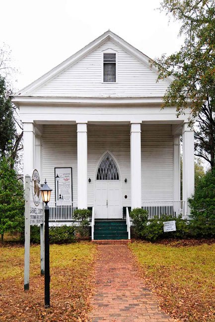 Old Presbyterian church in Barnwell SC