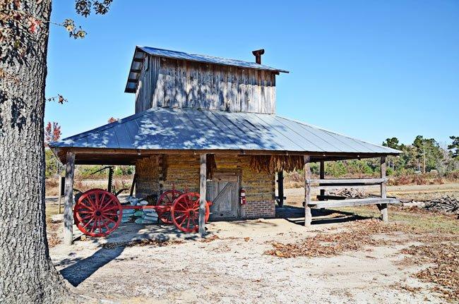Paul Farm Tobacco Barn
