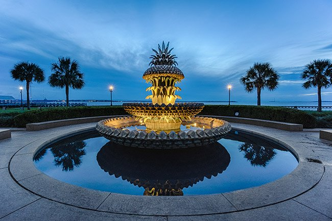 Charleston, Pineapple Fountain at Night