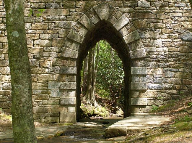Poinsett Arch