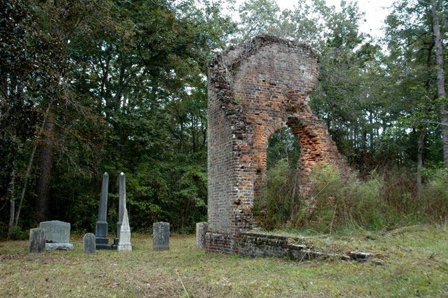 Pon-Pon Chapel Churchyard
