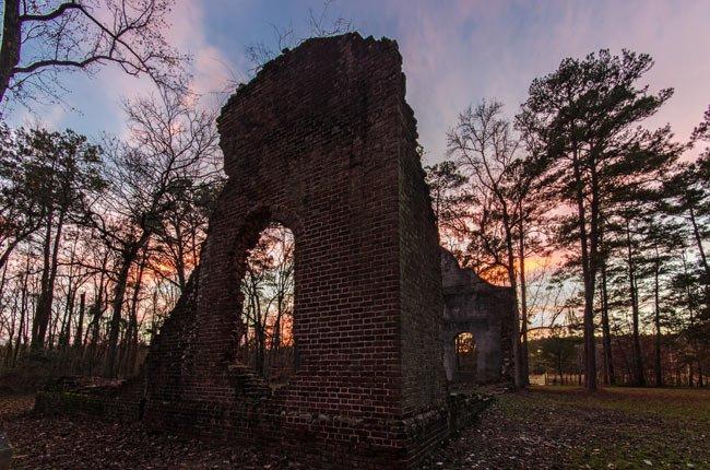 pon-pon-chapel-ruins