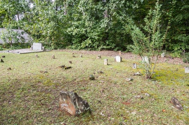 Primitive Baptist Graveyard