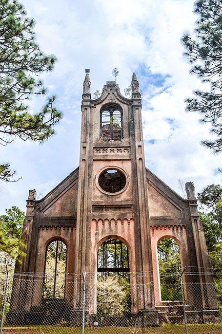 Old Gunn Church