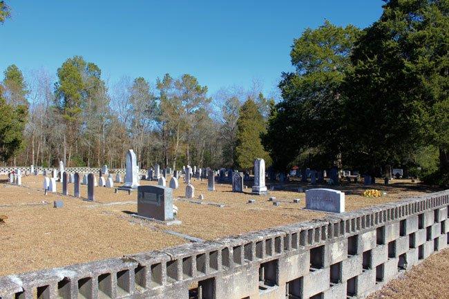 Scotch Cemetery Bethune