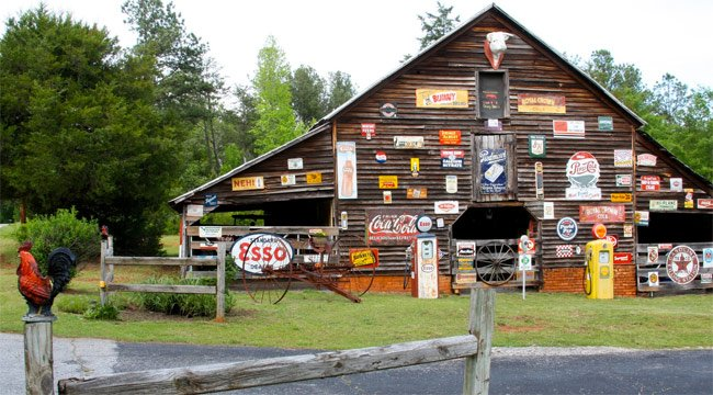 Sign Barn Pickens County