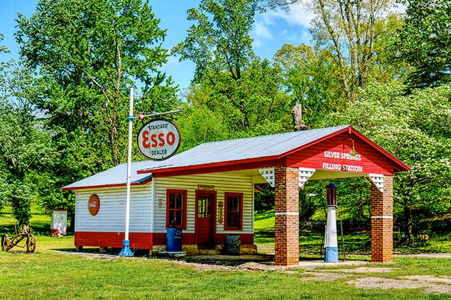 Silver Springs Filling Station