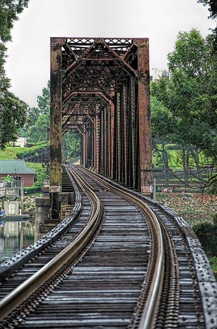 Sixth Street Railroad Bridge