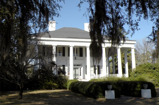 Greek revival architecture in south carolina for Plantation columns