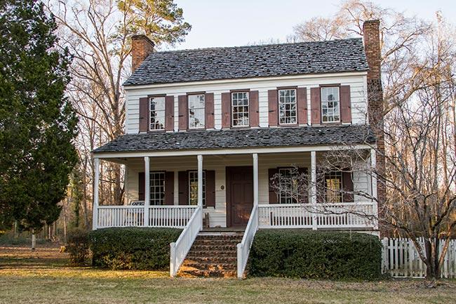 Thorntree Plantation House