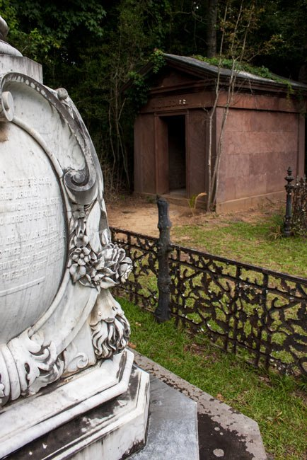 Tomb of Julia Legare