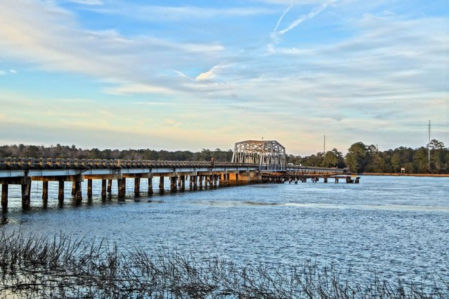 Wando Swing Bridge