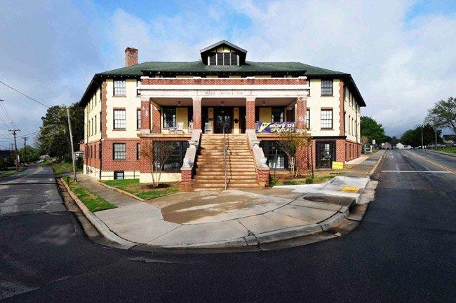 Ware Shoals Inn