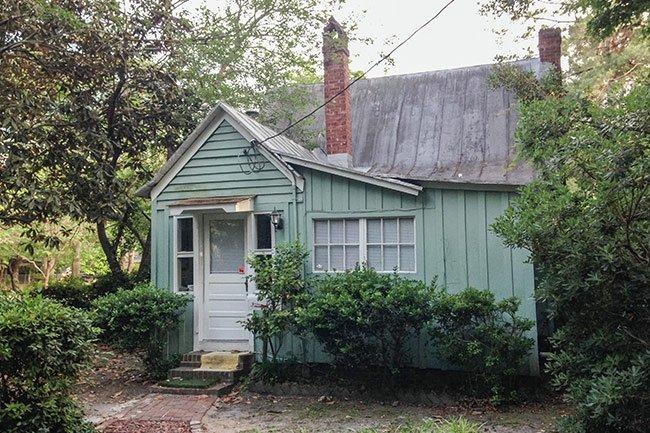White Gables Summerville Guest House