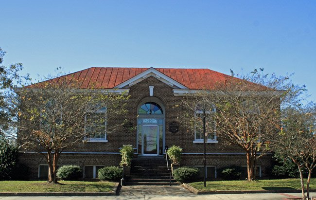 Williamsburg County Carnegie Library